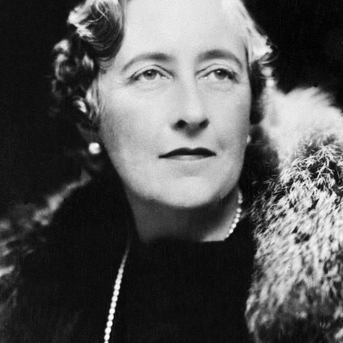 Mirando a Agatha Christie y al feminismo